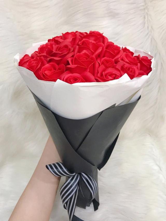 Những bó hoa 20/10 đẹp dễ thương tặng người yêu, bạn bè 7