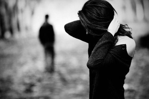 Rơi lệ với những hình ảnh buồn chia tay trong tình yêu