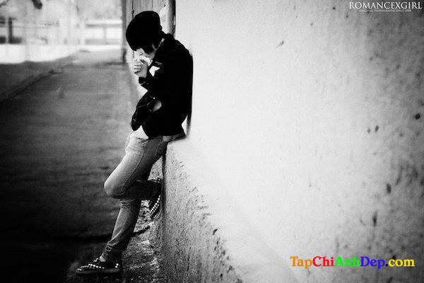 Hình ảnh buồn của người con trai mang nhiều tâm trạng