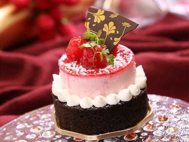 Hình ảnh bánh sinh nhật đẹp dễ thương nhất mẫu 4