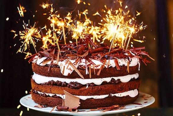 15 mẫu bánh sinh nhật đẹp dễ thương, ngộ nghĩnh nhất