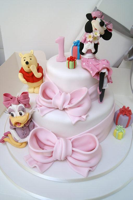 Những mẫu bánh sinh nhật đẹp với nhiều kiểu dáng độc lạ mẫu 12