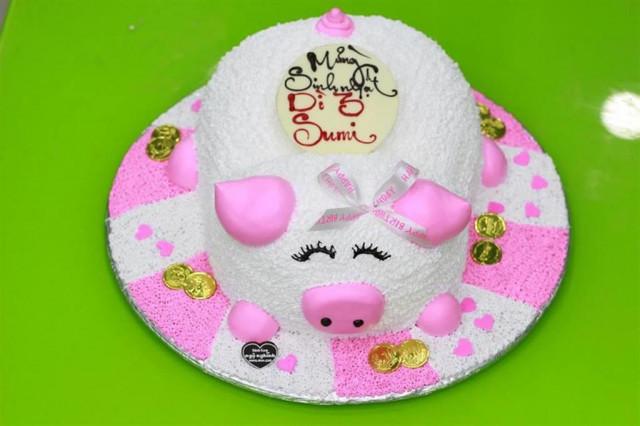 Những mẫu bánh sinh nhật dễ thương cho bé gái mẫu 2